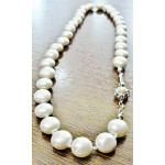 Necklace with shell pearl coin