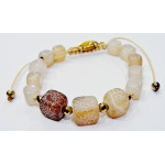 Bracelet made of mineral agate
